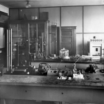 Physics laboratory at NACA. Public domain image from Wikipedia.