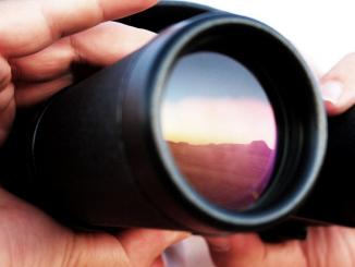 Twyfelfontein Binoculars, by Santiago Medem. CC-BY-licensed, from: https://www.flickr.com/photos/fotos_medem/3399096196